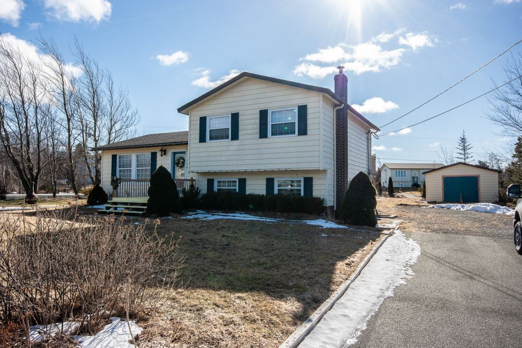 35 Indian Pond Estates, Conception Bay South